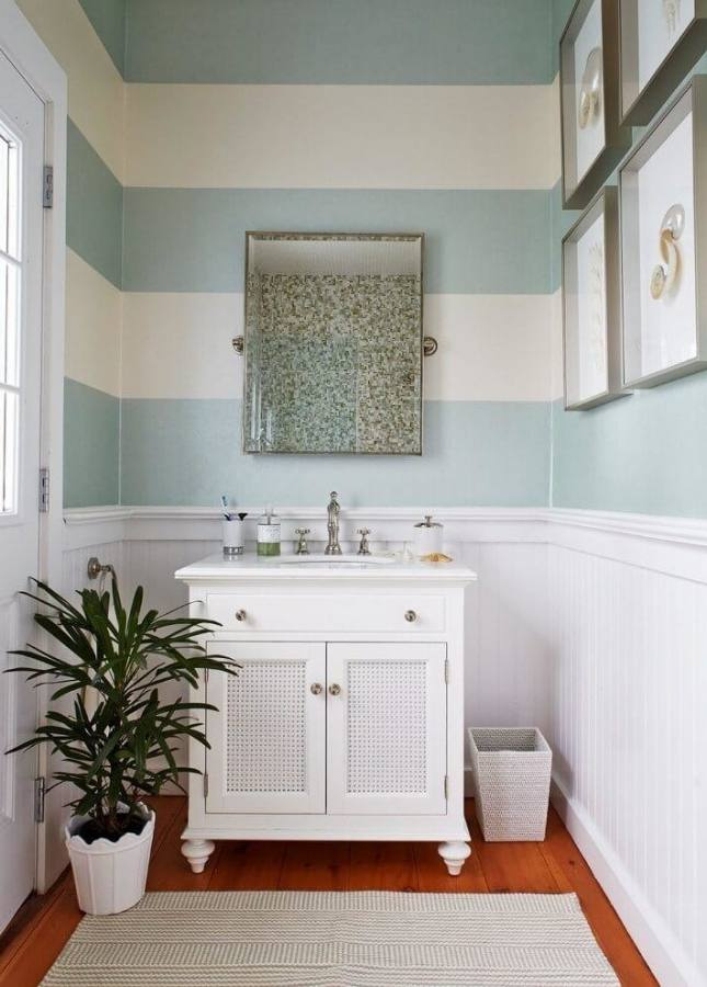 wall decor bathroom