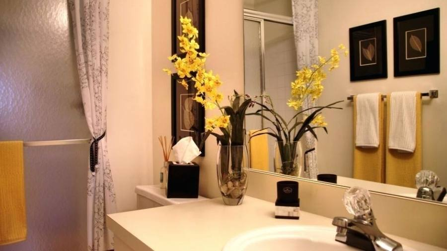 Dehlia's bathroom from our Small Cool 2009 contest is one of our favorite examples of small space put to good use