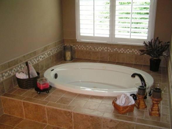 bathroom designs with jacuzzi tub small