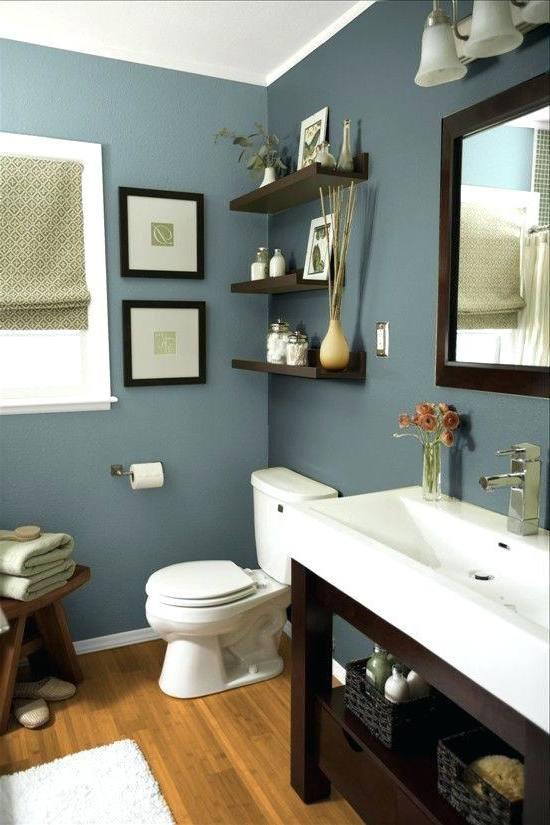 bathroom blue walls