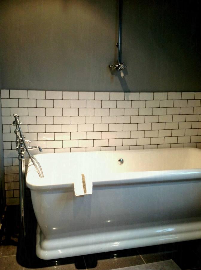 Farrow & Ball Stiffkey Blue Bathroom