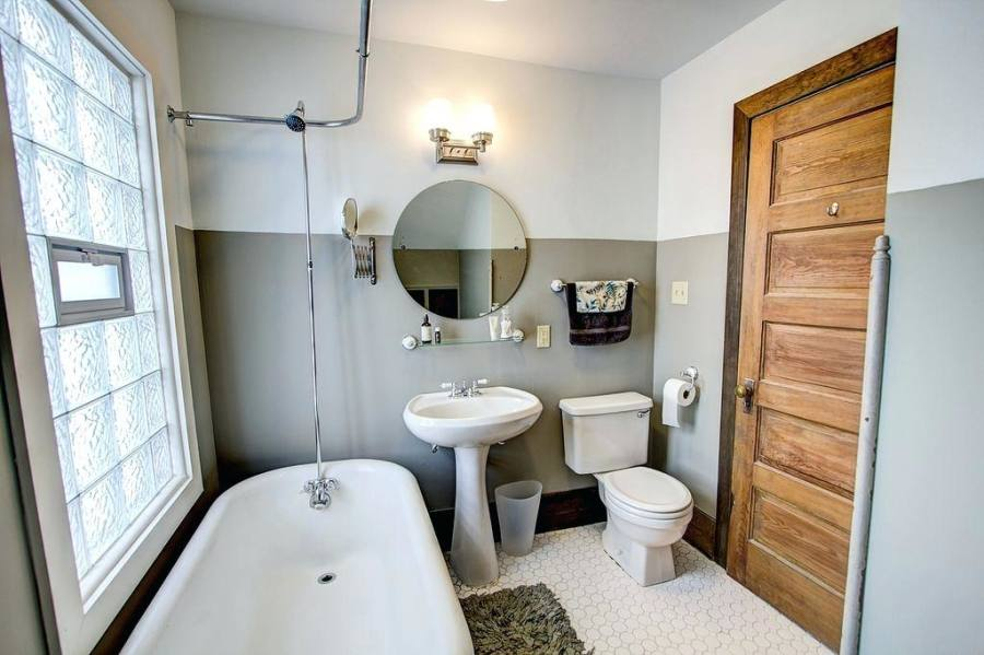 top small bathroom makeovers