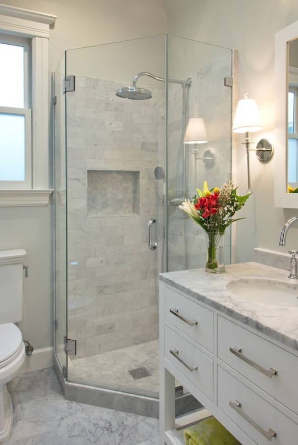 An organized bathroom vanity is the key to a less stressful morning routine! Check out our storage and organization ideas