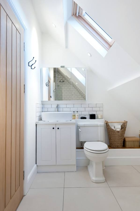 Modern Bathroom Design London New Eighteenth Century Cottage In The Cotswolds Than Lovely Bathroom