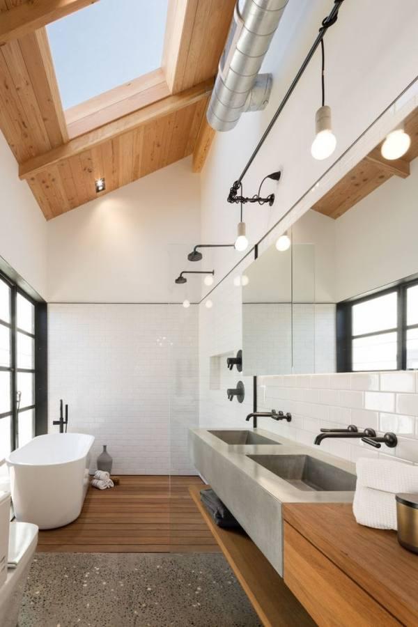 traditional beige bathroom small