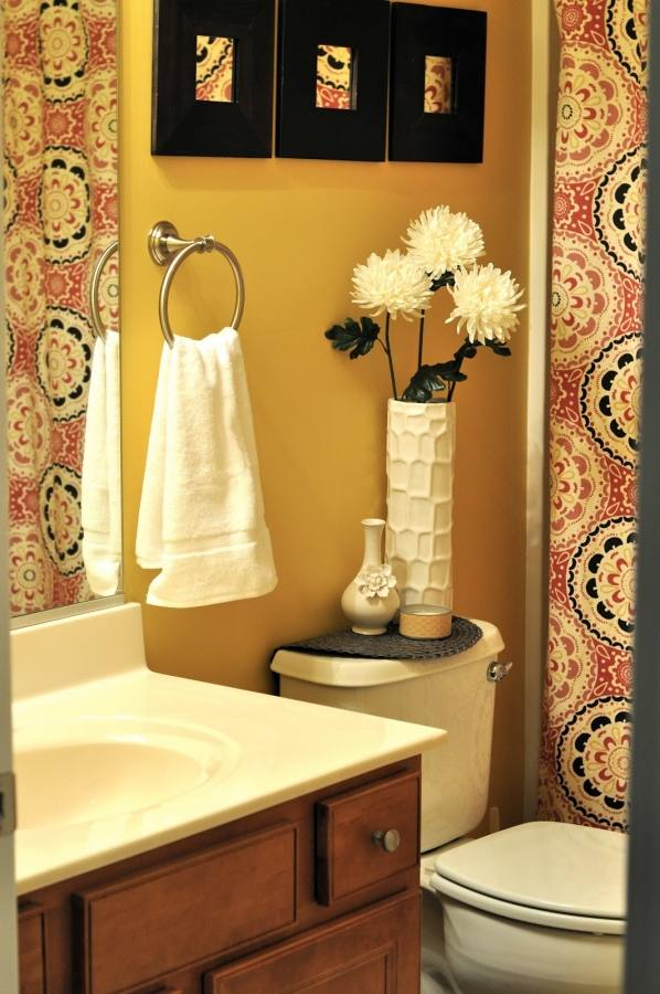 Eye Catching Bathroom Design Colors Beautiful Ideas Decorating In For Bathrooms Pictures