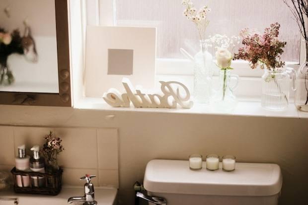 Grey WallsSmall BathroomBathroom