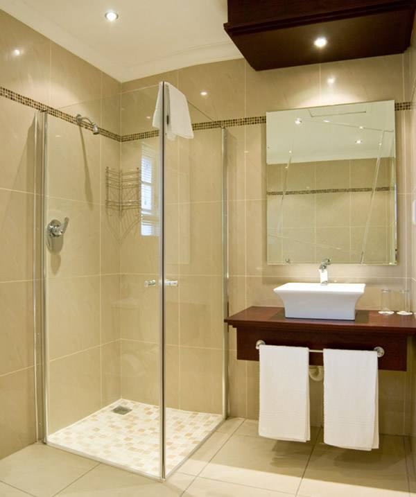 tiles for small bathroom ideas small bathroom ideas with tub best small bathrooms ideas on small