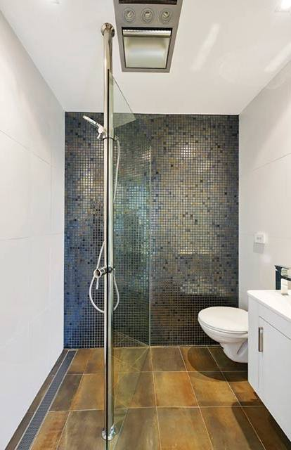 amazing of small bathroom layout with shower regarding Encourage