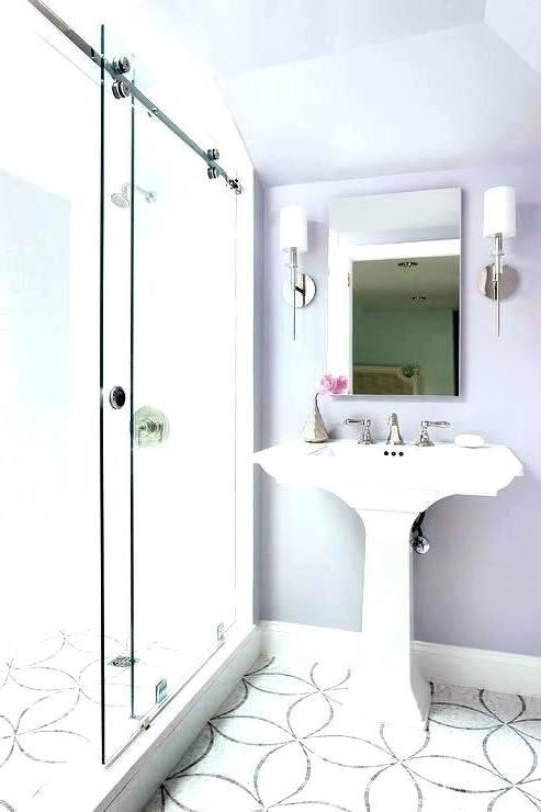 Love this purple bathroom inspiration