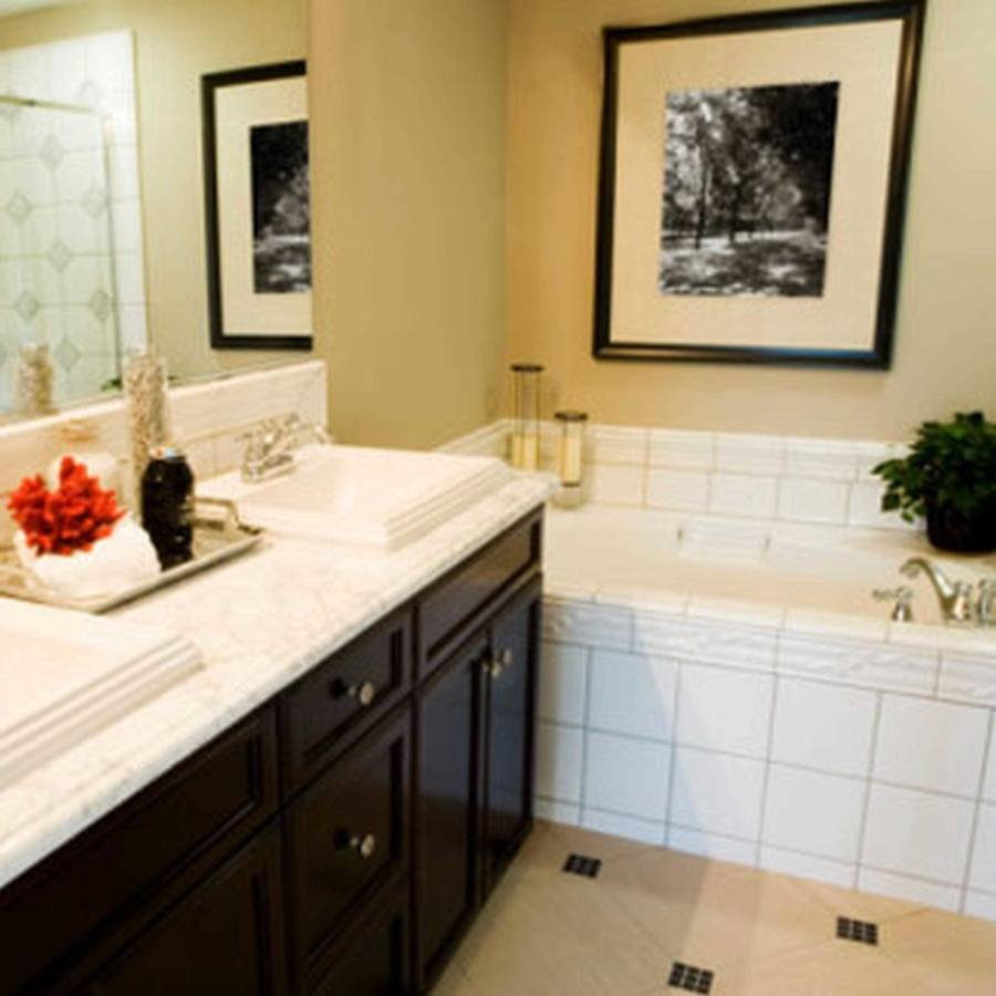 Small Bathroom Tile Ideas to My Mother's Choice: Small Bathroom Tile Ideas Brown Corner Bathroom