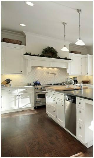 White/Grey Acrylic Kitchen