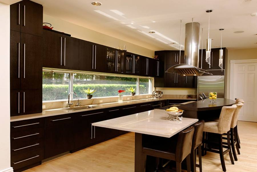 Kitchen Cabinets by Alpine Cabinet Co