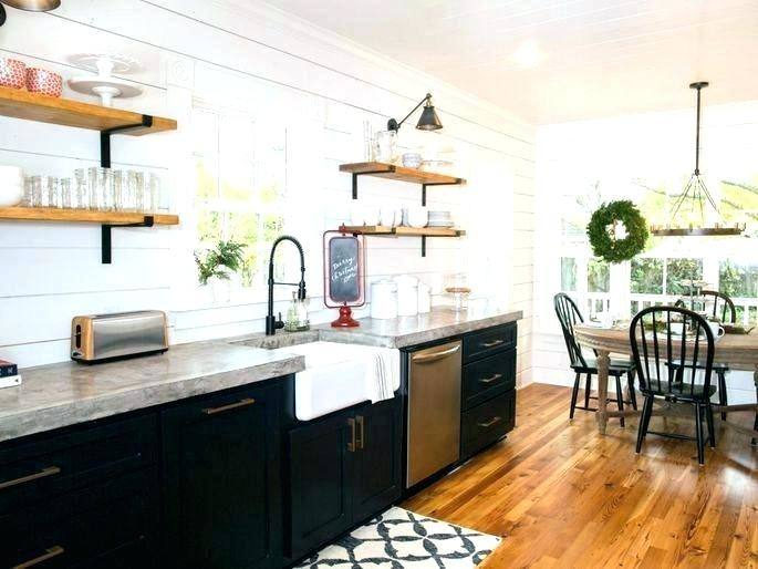 Beautiful farmhouse style kitchen all done by Joanna Gaines