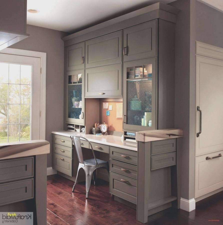 white kitchen cabinets lowe's floor sample sale