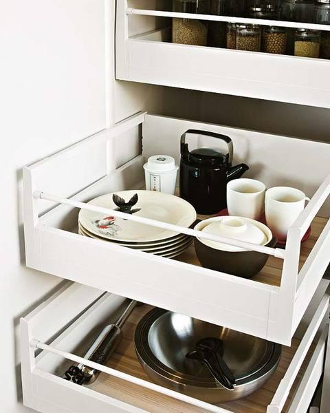 Wellesley Hills Kitchen & Bath Designers · Architectural Kitchens Inc