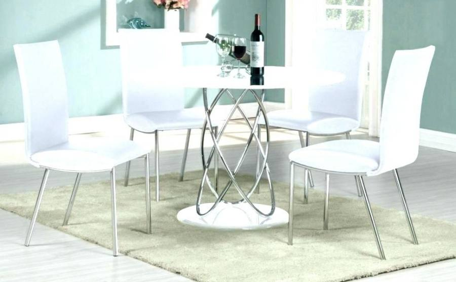 Swivel Wheeled Kitchen Table And Dining Chairs With Front Casters Casual Room Wheels