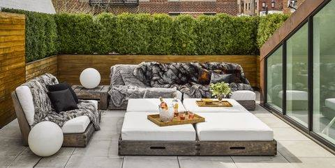 Decorate a Small Outdoor Living Room