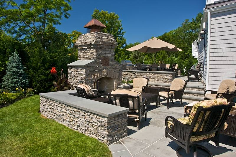 In addition to creating outdoor living space, we can help you beautify your home, yard, or business with a variety of masonry products like entry walls and