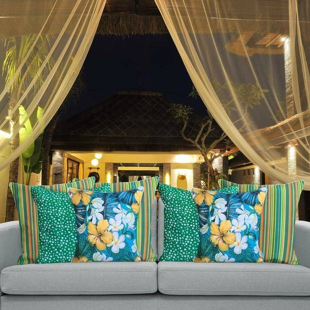 Come in for a browse as our 2018 Ranges of new furniture arrive or let us customise a QLD Made lounge just for you