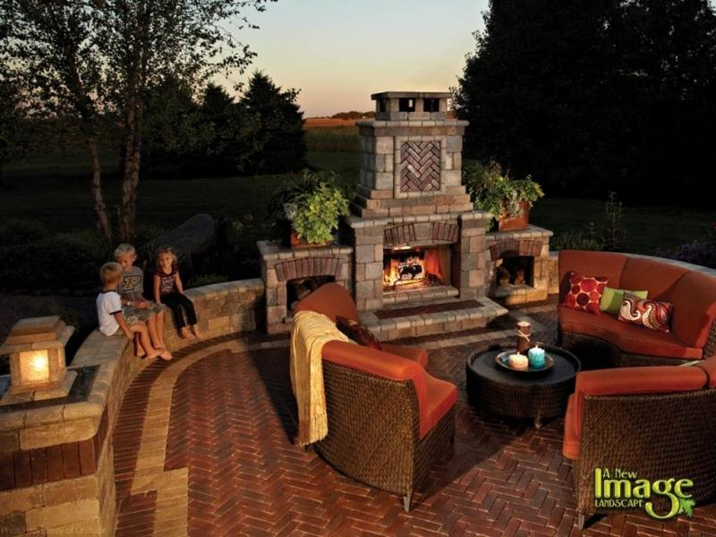 We are the experts in planning, constructing and maintaining fireplaces, outdoor fireplaces