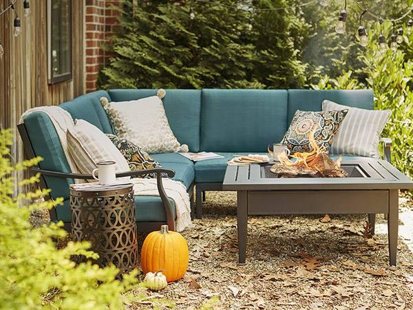Outdoor Living Furniture Sets..