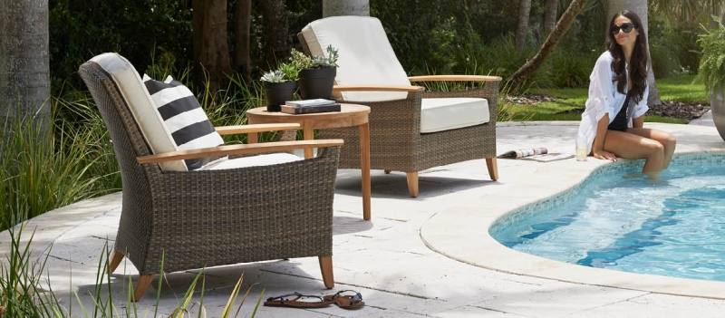 Our modular collection of outdoor furniture