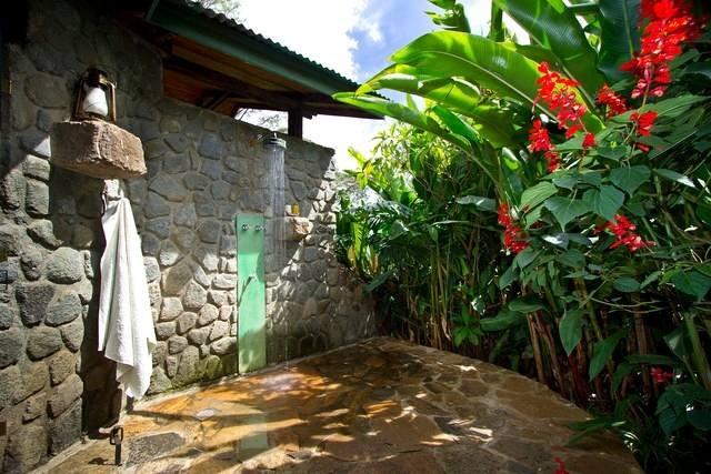 best honeymoon resorts with outdoor showers