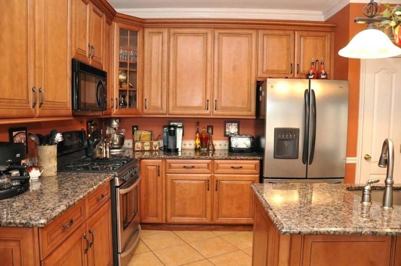 3 Gate kitchen cabinet 0