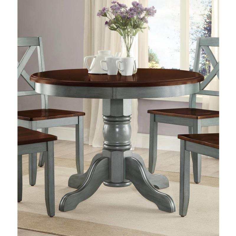 A beautiful little table, having a dining table should be a must for all  homes