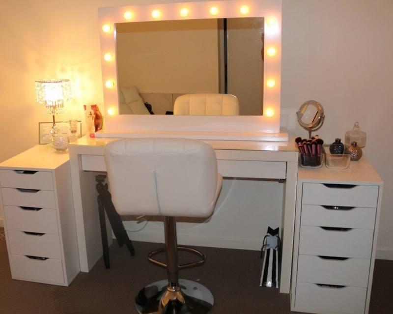 bedroom vanity sets with lighted mirror bedroom vanity with lighted mirror  medium size of bedroom vanity