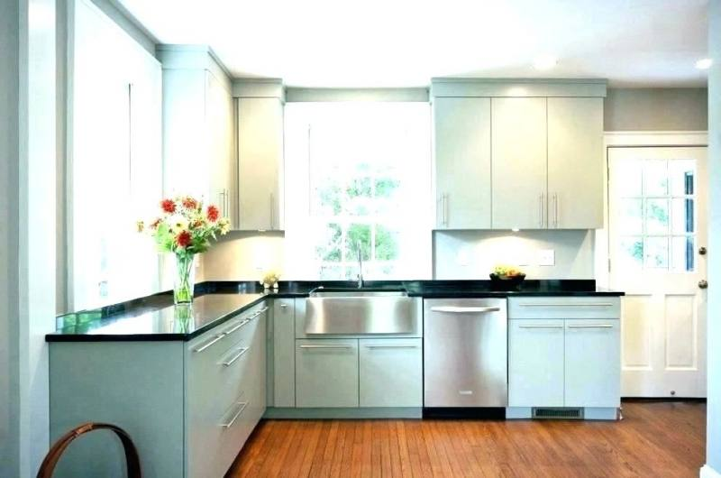Why not have a gorgeous kitchen island as the centerpieces of your kitchen  if you can? Since kitchen is the heart of a home, add another 'place' for  family