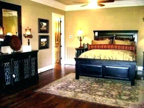 burgundy bedroom cook house bed and breakfast black decor room color ideas