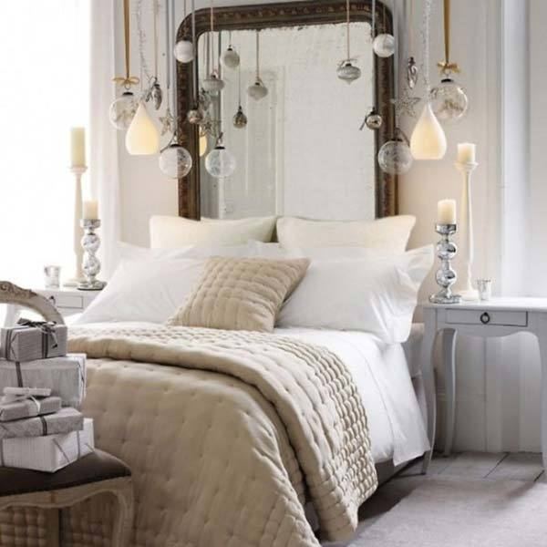 Guests Bedroom Holiday Makeover Holiday Guest Bedroom Makeover | Guest Bedroom  Ideas | Christmas bedroom | TodaysCreativeLife