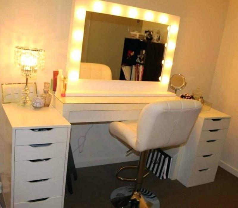 bedroom vanity lights