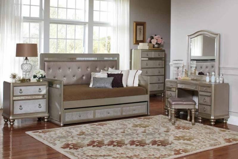 cute bedroom set