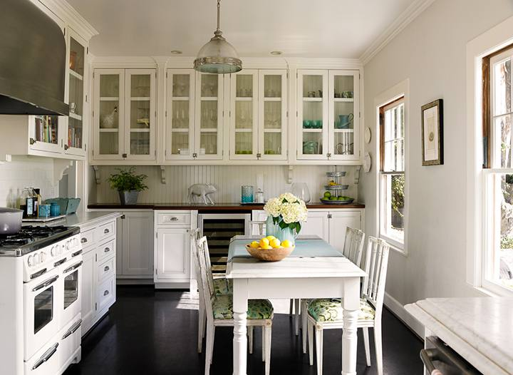 One of the first things people notice when they walk into your kitchen are  the cabinets