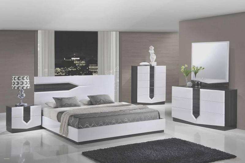 Lille Bedroom Set (5' x